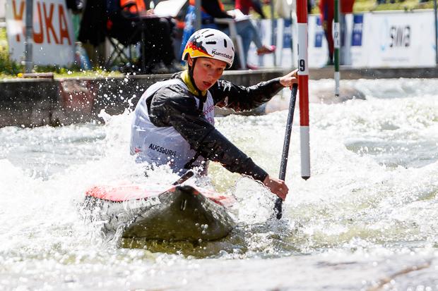 Andrea Herzog auf Siegkurs im Augsburger Eiskanal